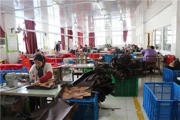 custom bags manufactuer workshop